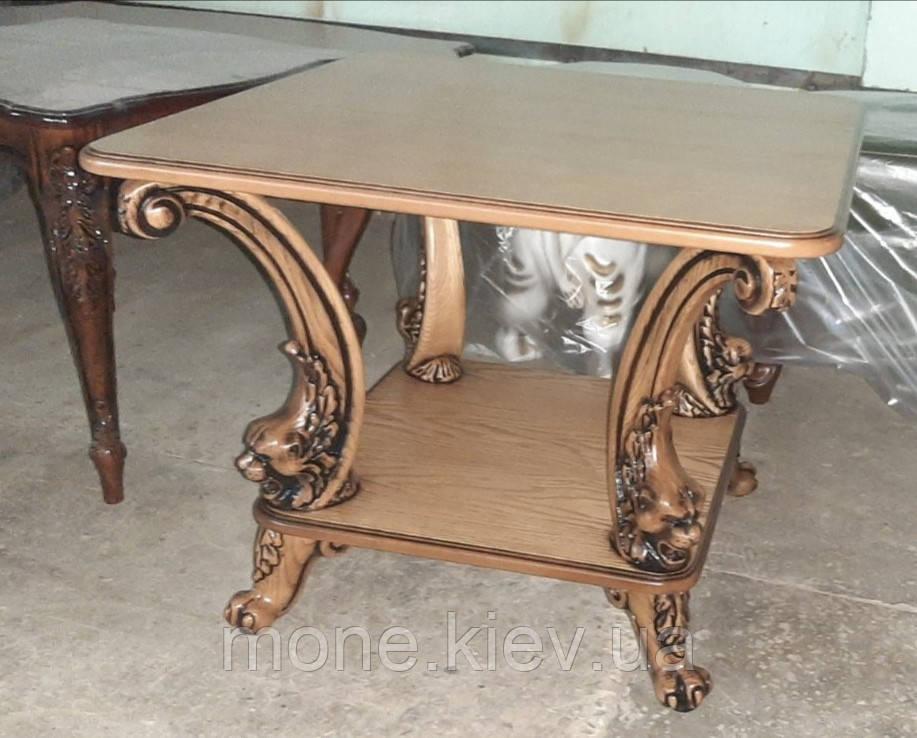 Квадратний кавовий столик з поличкою і різьбленими ніжками №13