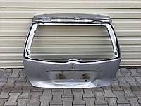 Крышка багажника Mitsubishi Grandis