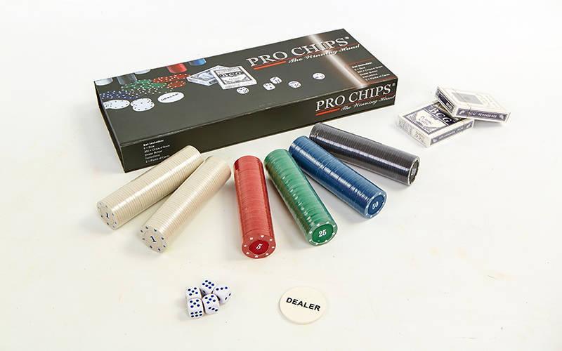 Покерный набор в картонной коробке-300 фишек (с номиналом,2кол.карт,5куб)