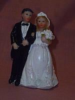 Декоративная свадебная статуэтка на торт 9 сантиметров высота 6 видов
