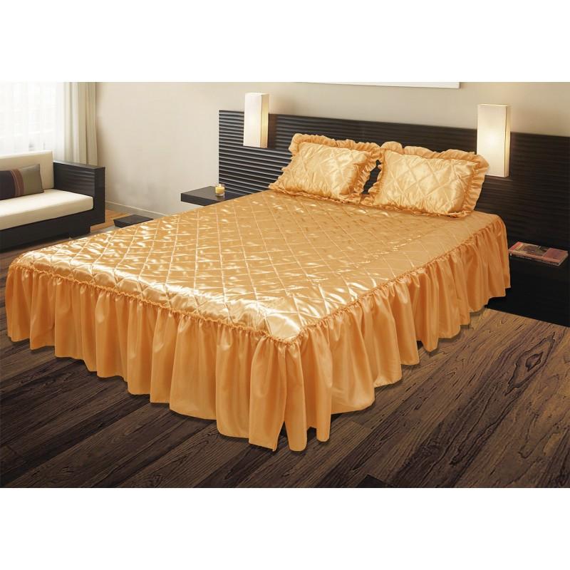 Комплект ТЕП: покрывало «Glamour»  и 2 подушки с оборками, золотой.
