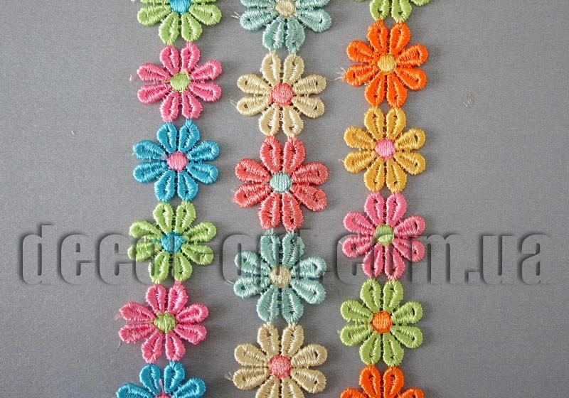 Кружево цветные цветы 8 лепестков 2,5 см/15ярд.