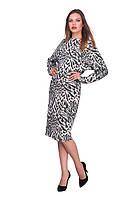 Модное женское трикотажное платье с принтом на осень