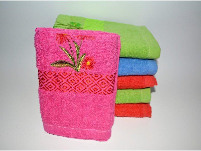 Банные полотенца Вышитый цветок