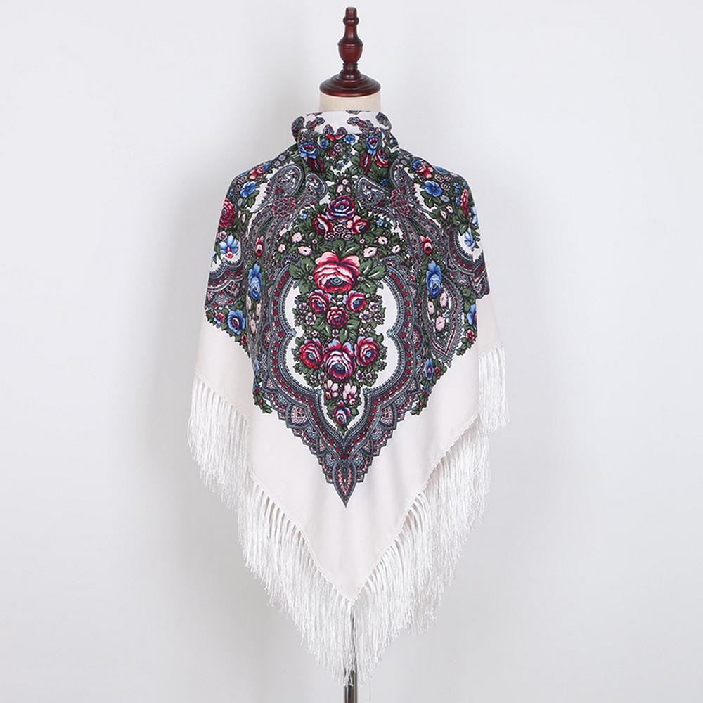 Украинский белый народный платок в цветочный орнамент с бахромой 110*110