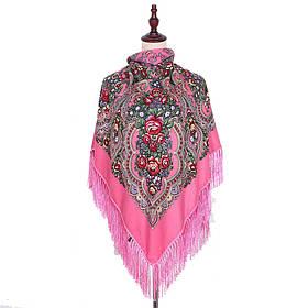 Украинский розовый народный платок в цветочный орнамент с бахромой 110*110