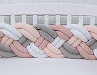 Бортик-косичка в 4 двойные пряди, бежевого, молочного, серого  и белого цвета.