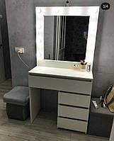 Туалетный столик с зеркалом, столик для спальни
