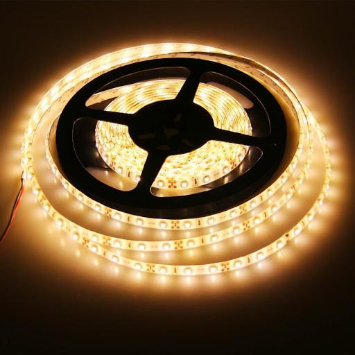 економная тепло белого цвета LED лента 5050-60 влагозащитная(IP65)