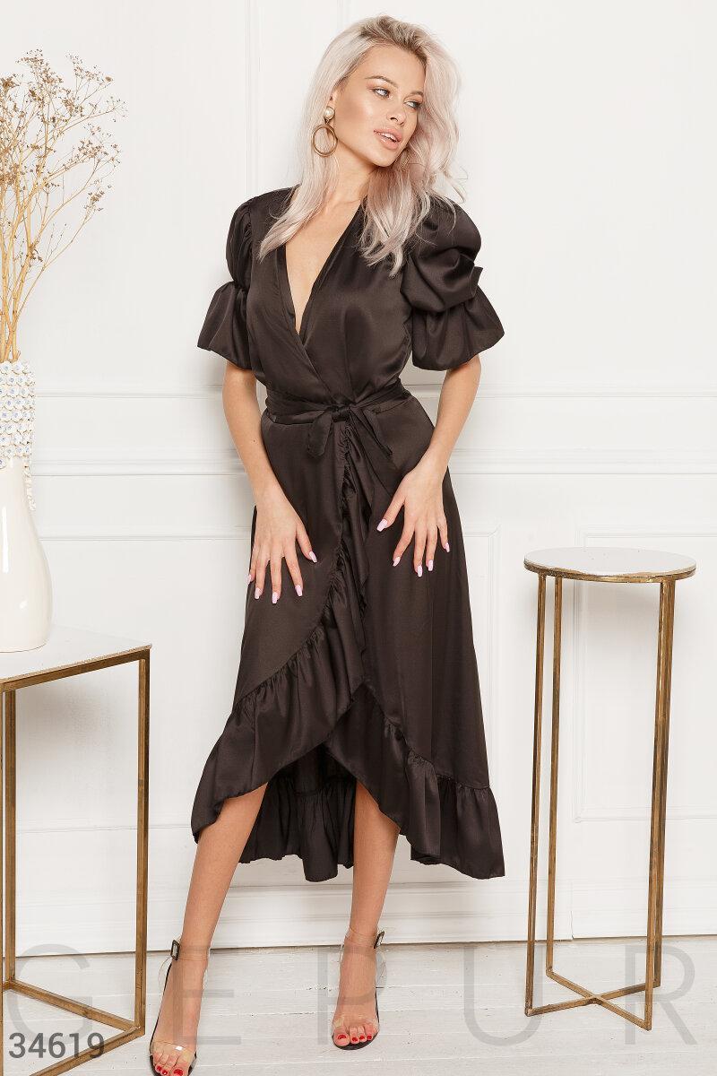 Длинное шелковое платье-миди на запах с оборкой