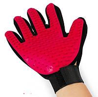 Перчатка для легкого вычесывания шерсти True Touch красная, фото 1