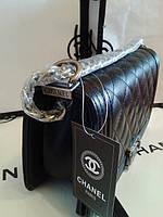 Де купити точну копію сумки, що стала абсолютним хітом по обидві сторони океану Chanel Boy ?