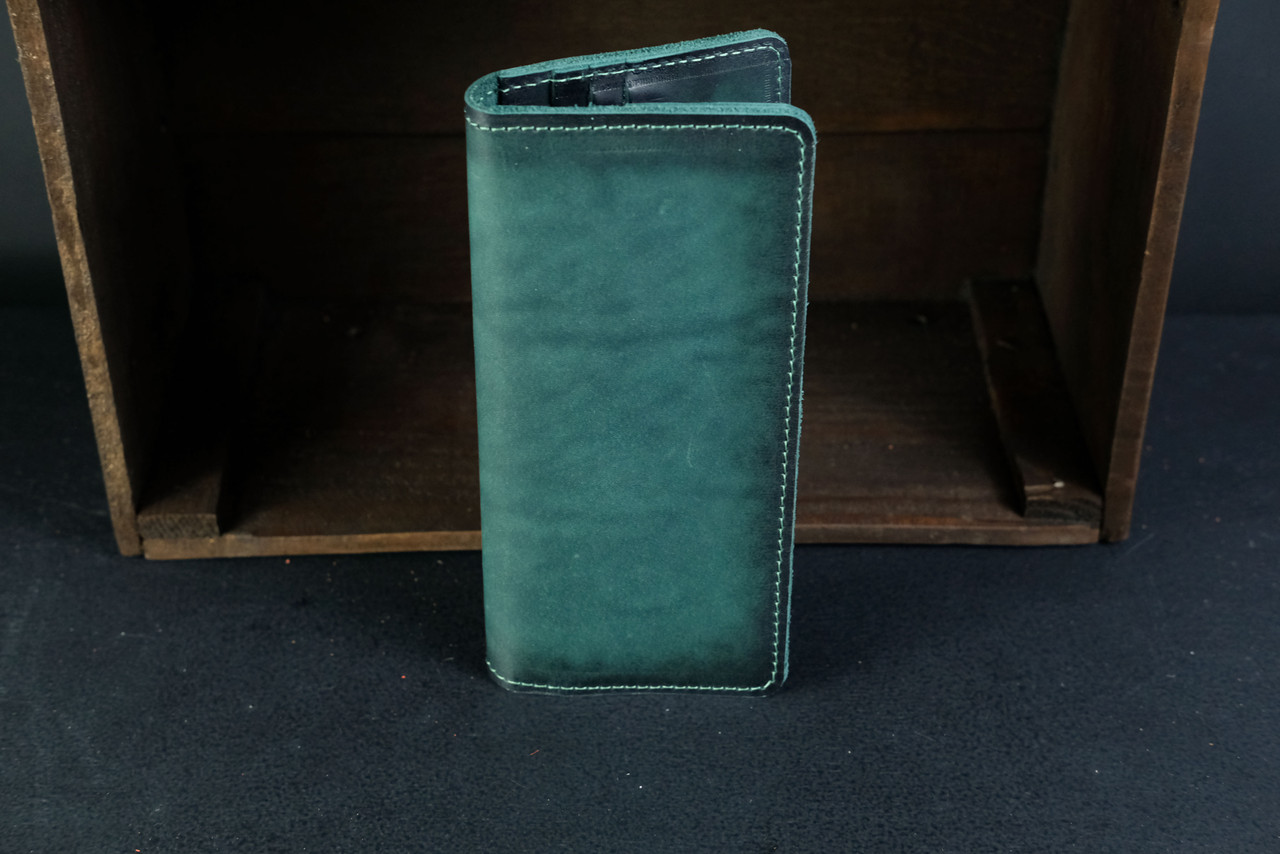 Кошелек клатч Лонг на 12 карт Кожа Итальянский краст цвет Зеленый