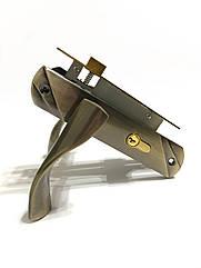 Врезной замок с ручками для межкомнатных дверей UNILOCK 58103 AB