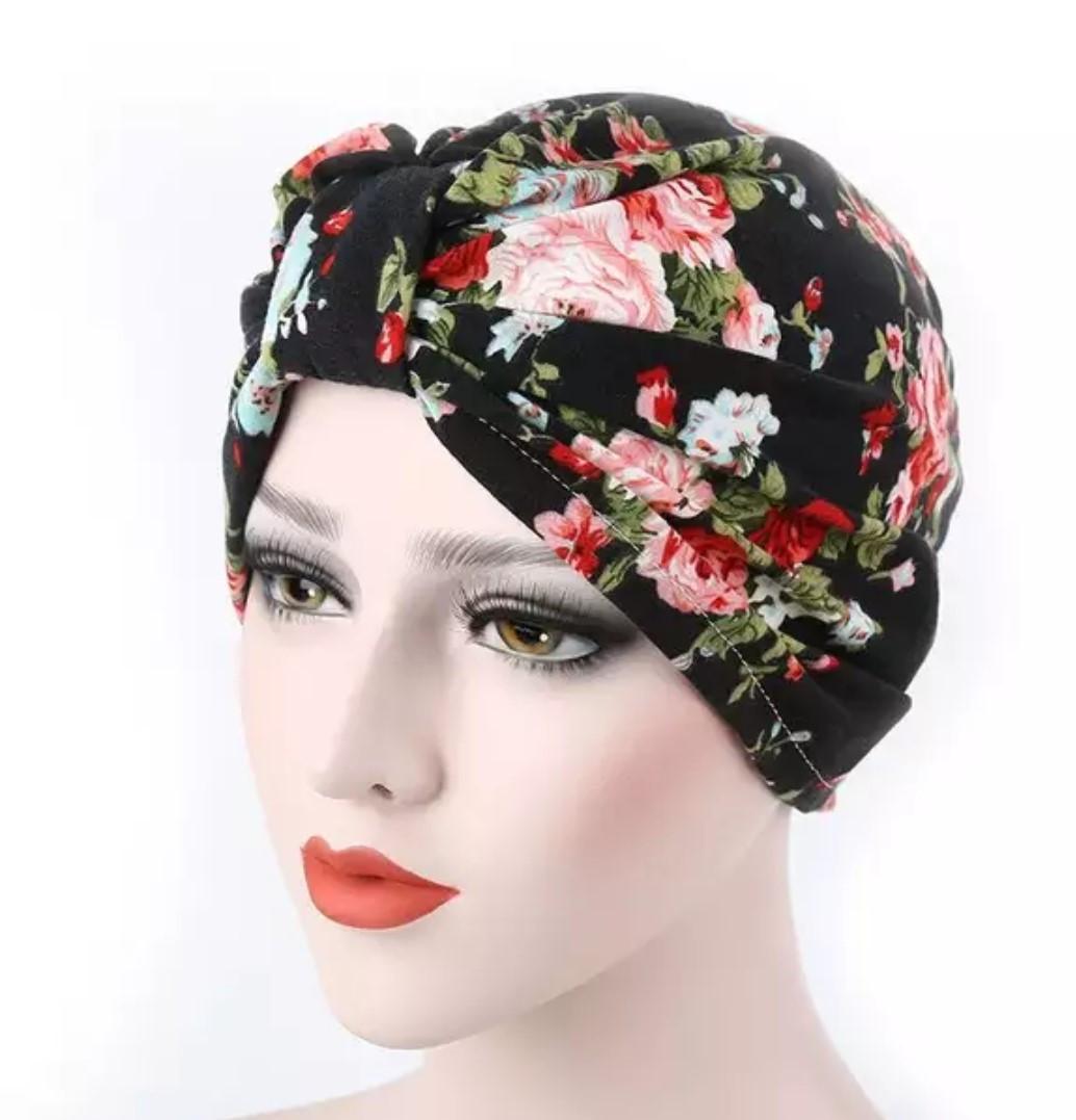 Яскрава зручна чалма хіджаб з принтом - квіти трикотаж