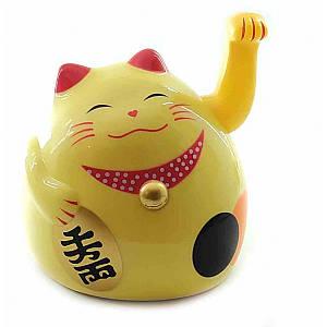 Кошка Манэки-нэко машущая лапой пластик (12х11х10,5 см)(батарейки в комплект не входят) ( 30851)
