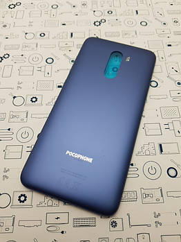 Крышка Xiaomi Pocophone F1 синий с кнопками без стекла камеры Сервисный оригинал