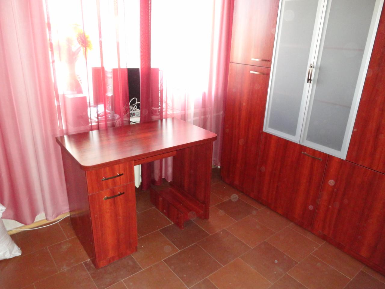 Компьютерный стол и стенка на заказ днепр. Корпусная мебель на заказ.