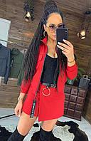 Красный женский костюм юбка-шорты и кофта на молнии на весну 2020