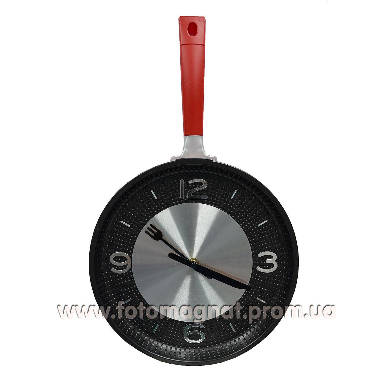 Часы Сковорода настенные 26х43х6см.
