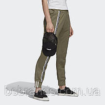 Женские штаны-джоггеры adidas R.Y.V. FM4383 (2020/1), фото 3