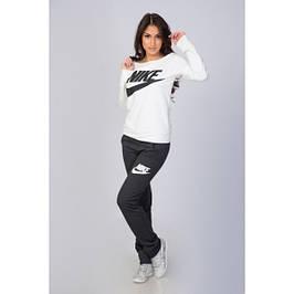 Одежда спортивная женская