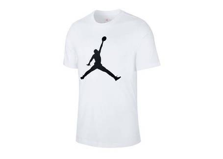Спортивні футболки
