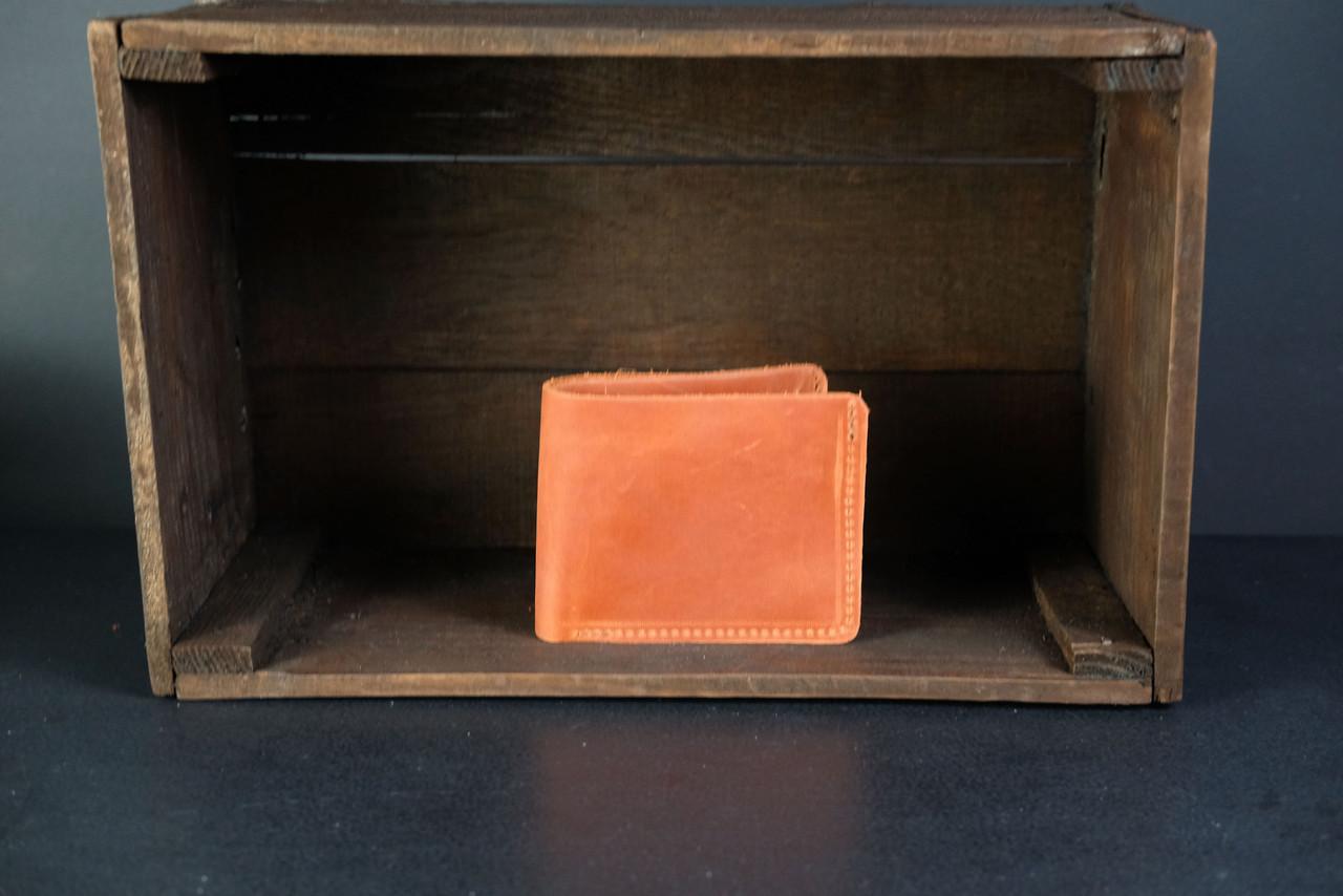 Классическое портмоне с монетницей Винтажная кожа цвет Коньяк