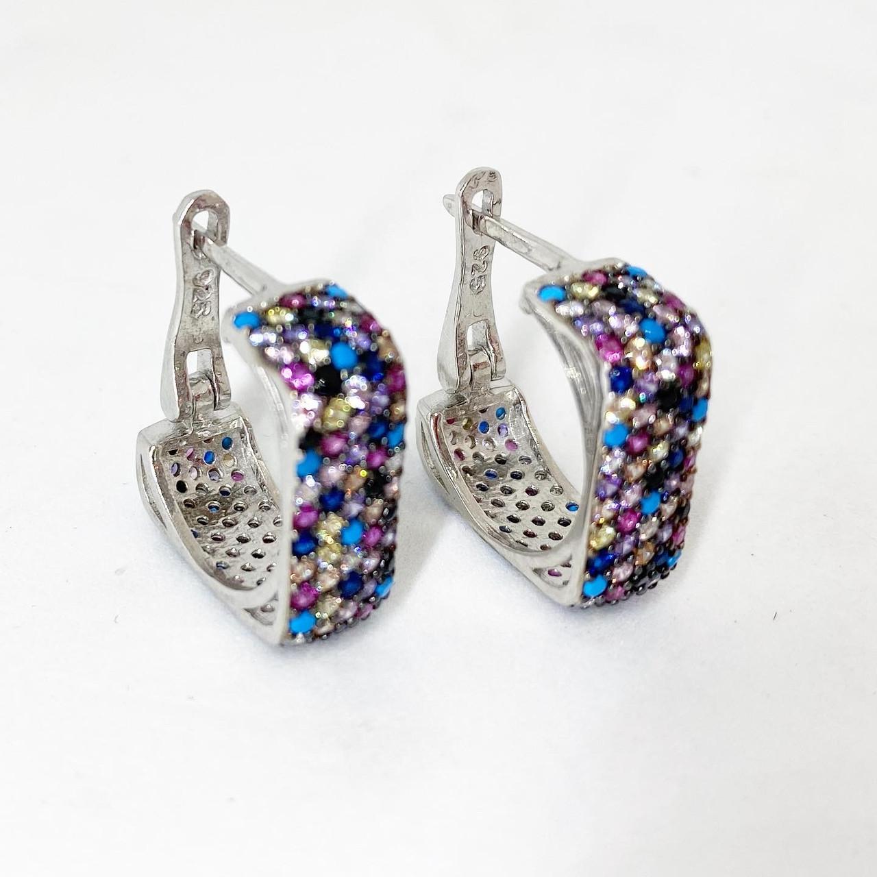 Сережки зі срібла Beauty Bar англійська застібка з різнокольоровими каменями Swarovski квадрати широкі
