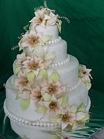 """Торты свадебные """"с лилиями"""""""