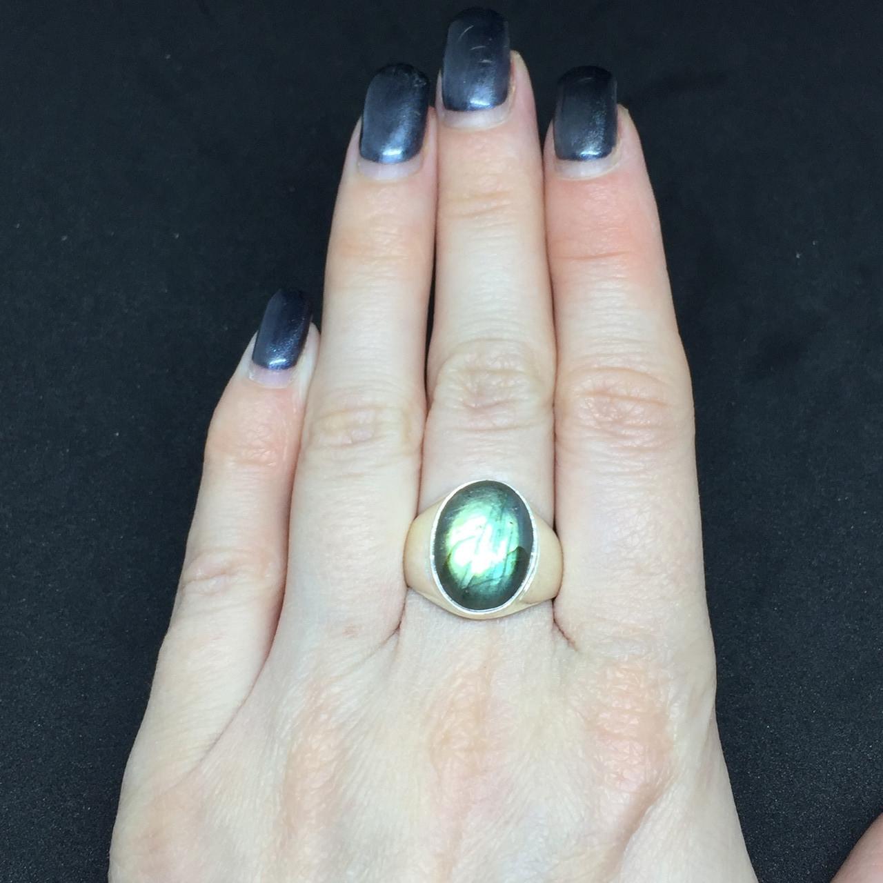 Великолепное овальное кольцо с камнем лабрадор в серебре размер 18,3. Кольцо с лабрадором. Индия!