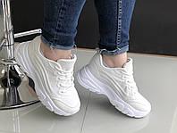 Женские кроссовки Loretta белые