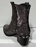 Казаки демисезонные на удобном каблуке из натуральной кожи от производителя модель КС9090-3, фото 6