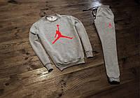 Серый спортивный костюм в стиле Jordan красное лого
