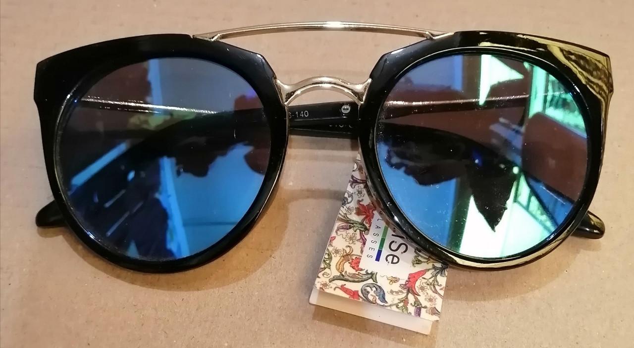 Женские солнцезащитные очки. Круглые, зеркальные.