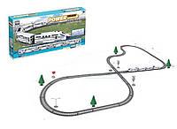 Железная дорога для детей модель  2183,1 локомотив и 3 вагончика, цвет белый, в коробке.
