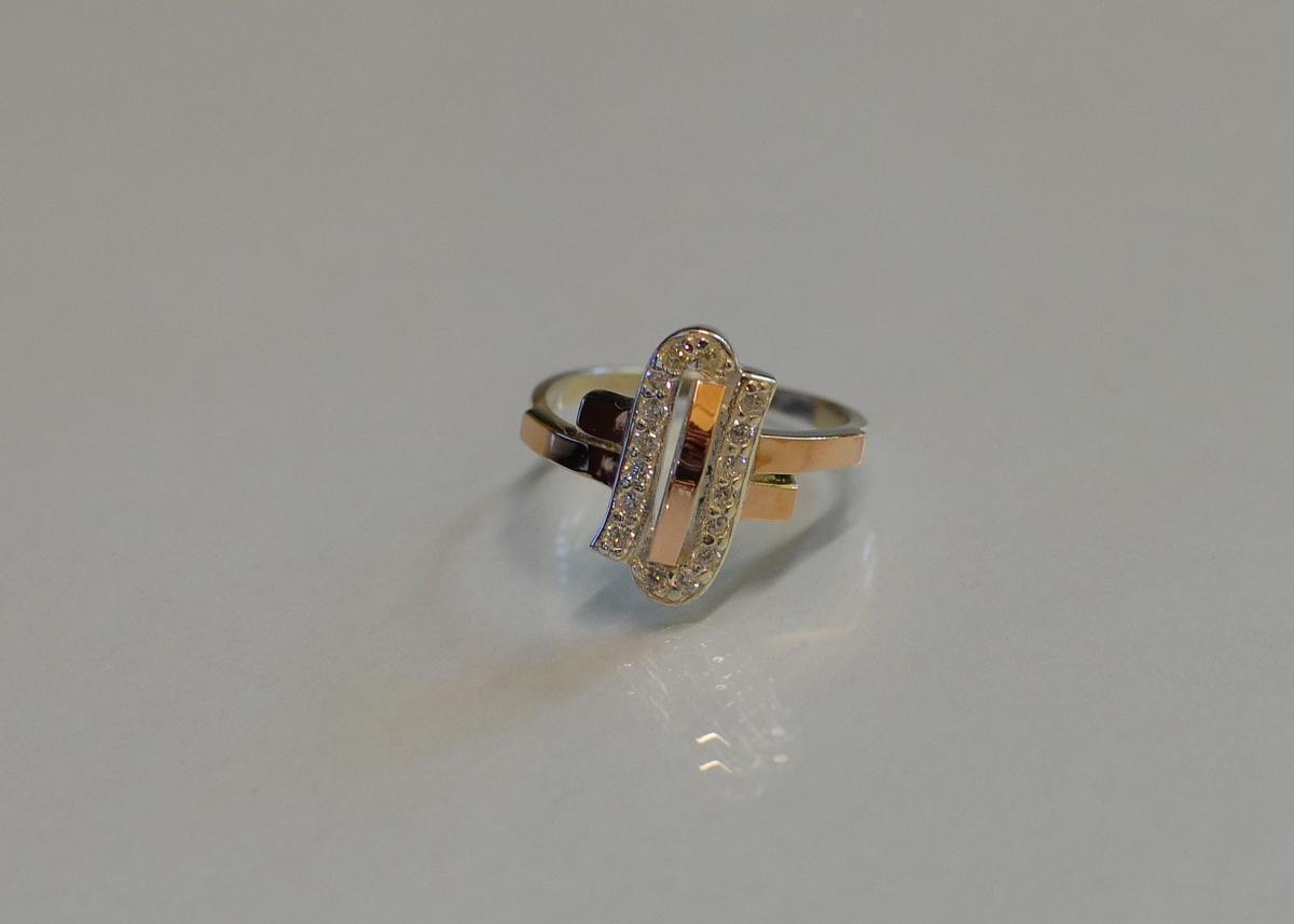 Серебряное кольцо со вставками из золота 006к 15