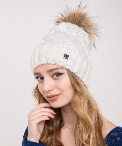 Женская вязанная шапка с меховым помпоном на зиму - Артикул 2150-1
