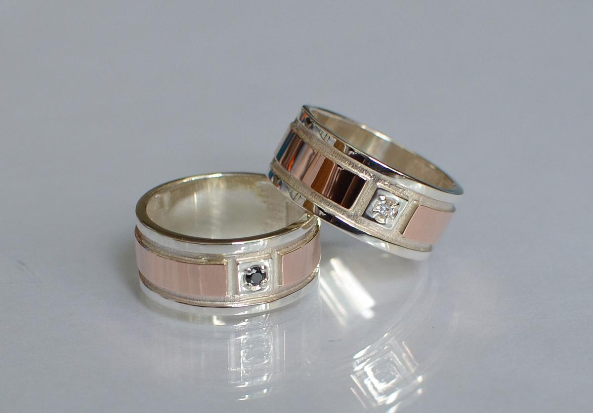 Обручальное кольцо из серебра с золотом Обр17 15
