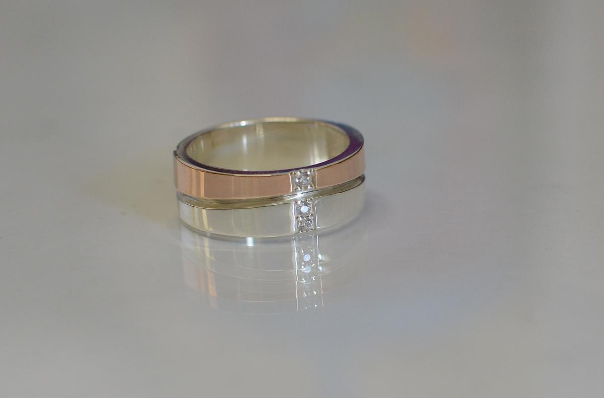 Серебряное обручальное кольцо Обр7 15