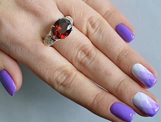 Серебряное кольцо 122к 15 Гранат