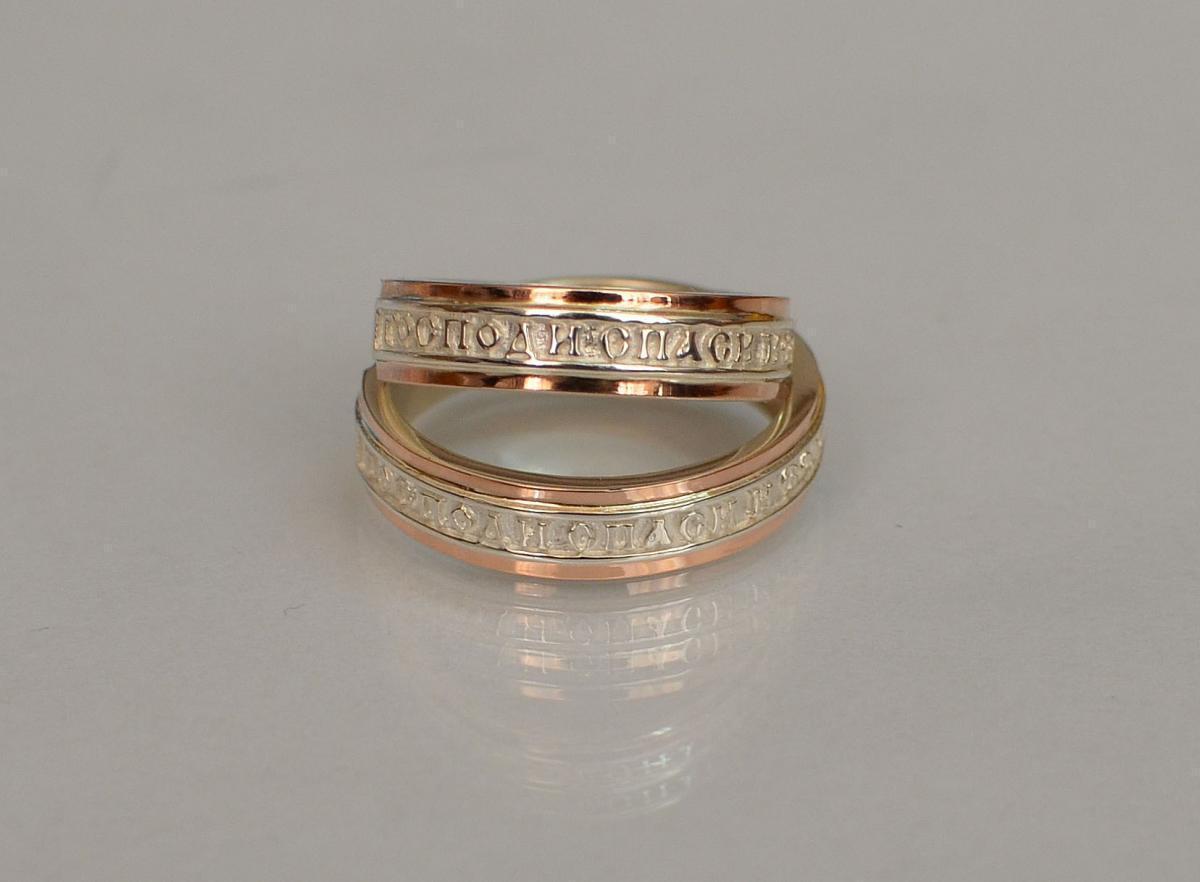 Серебряное кольцо с золотыми вставками 169к 15