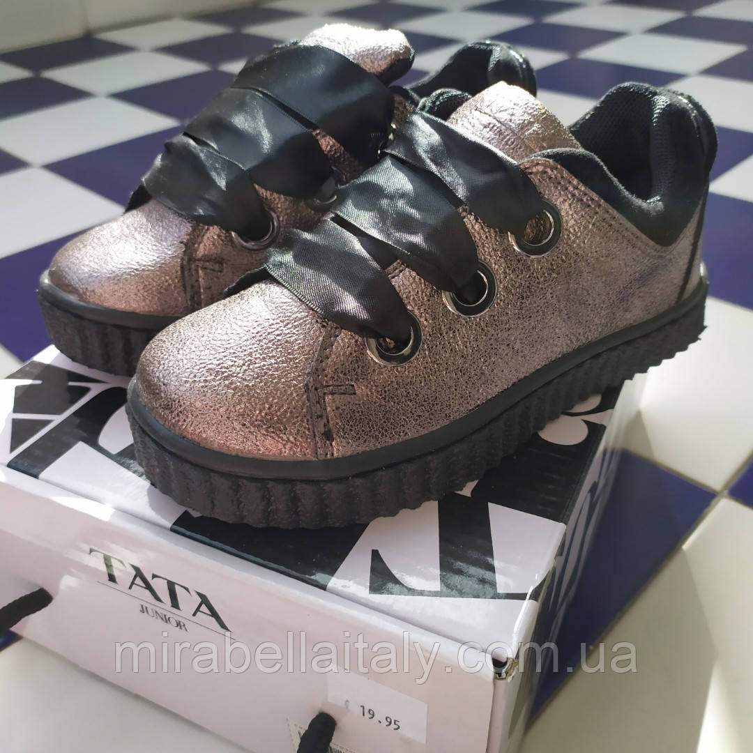 Кроссовки на девочку от TATA Italy