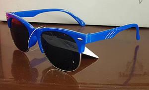 Детские солнцезащитные очки в яркой оправе