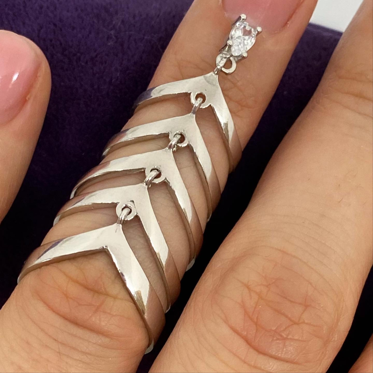 Кольцо из серебра 925 пробы Beauty Bar на фалангу пальца белый камень (Размер универсальный)