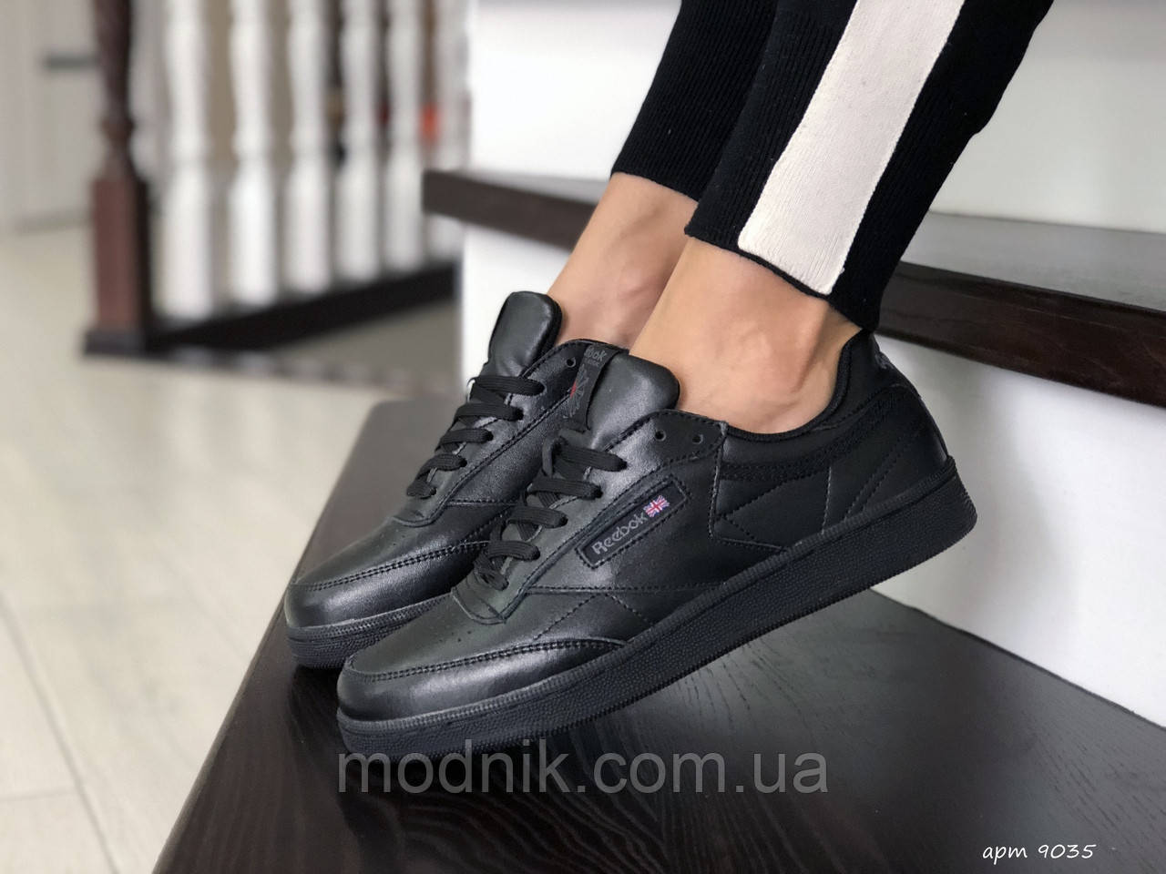 Женские кроссовки Reebok (черные) 9035