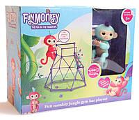 """Комплект  Fingerlings Jungle Gym PlaySet с интерактивной обезьянкой """"Zoe""""-40 действий и  50 звуковых сигналов."""