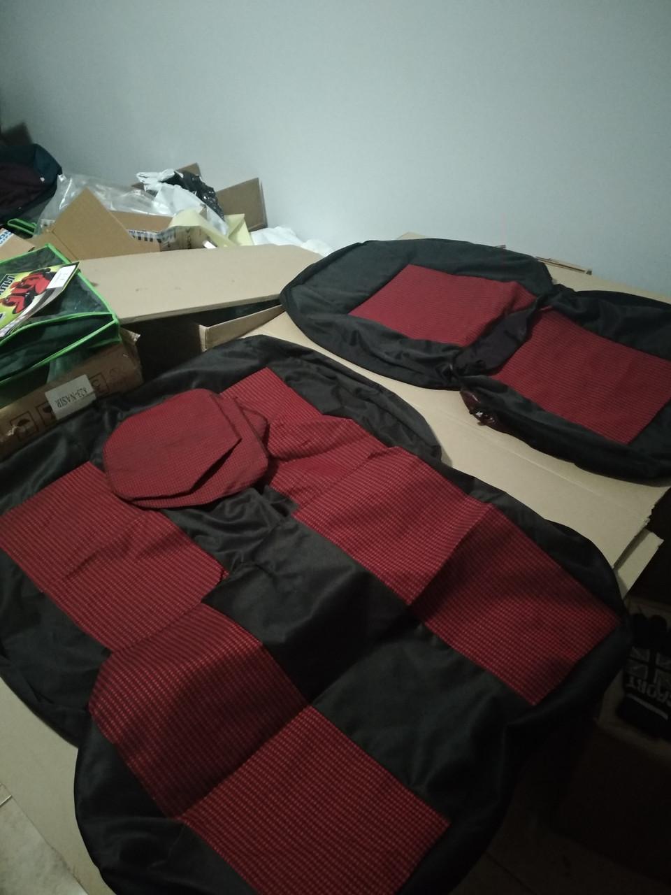 Чехлы на сидения тюнинг 2+1 Бус (красный)