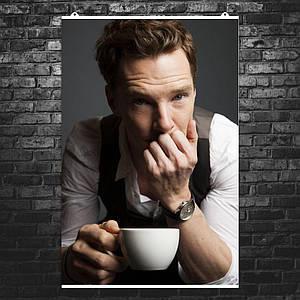 "Постер ""Бенедикт Камбербэтч с чашкой кофе"". Sherlock, Шерлок. Размер 60x40см (A2). Глянцевая бумага"