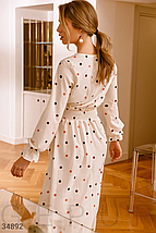 Молочно-белое платье из невесомой ткани с гороховым принтом, фото 3